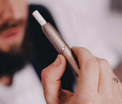 Майже кожен п'ятий підліток курить електронні сигарети 1