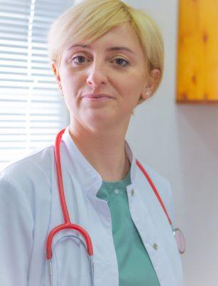 Лікарі 18