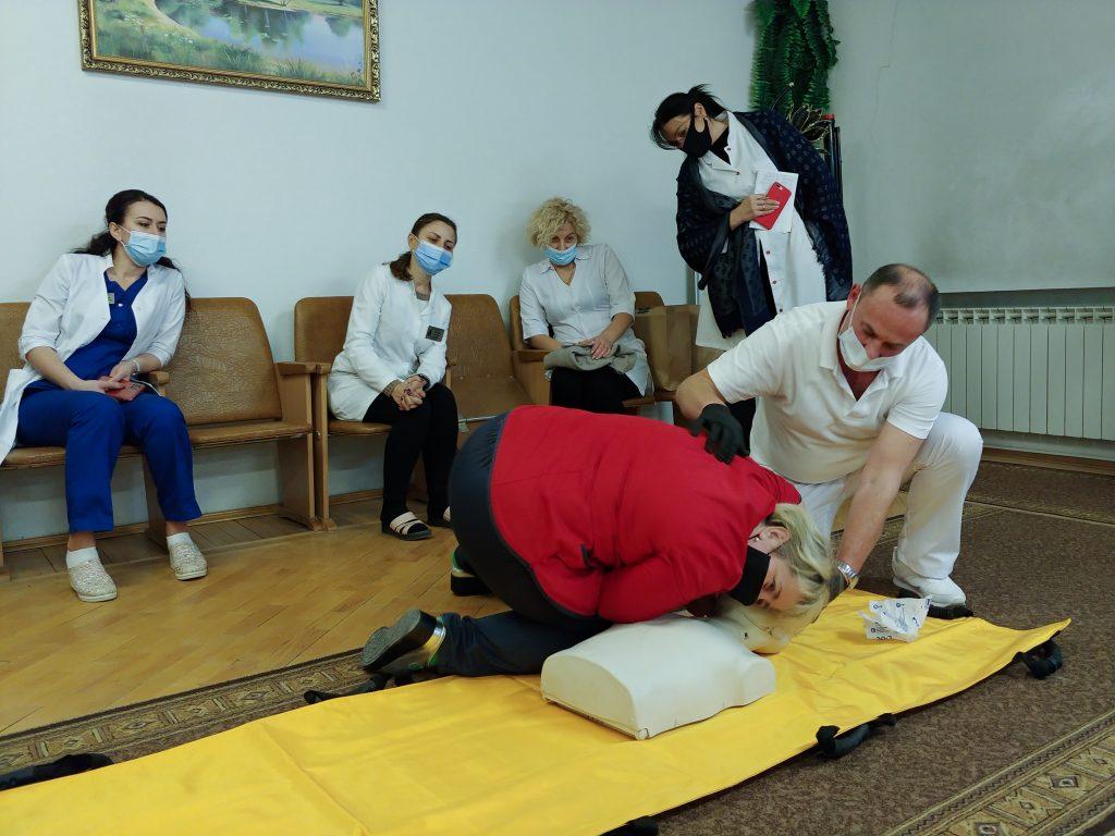 Тренінг з невідкладної допомоги «Серцево-легенева реанімація за системою BLS» 3