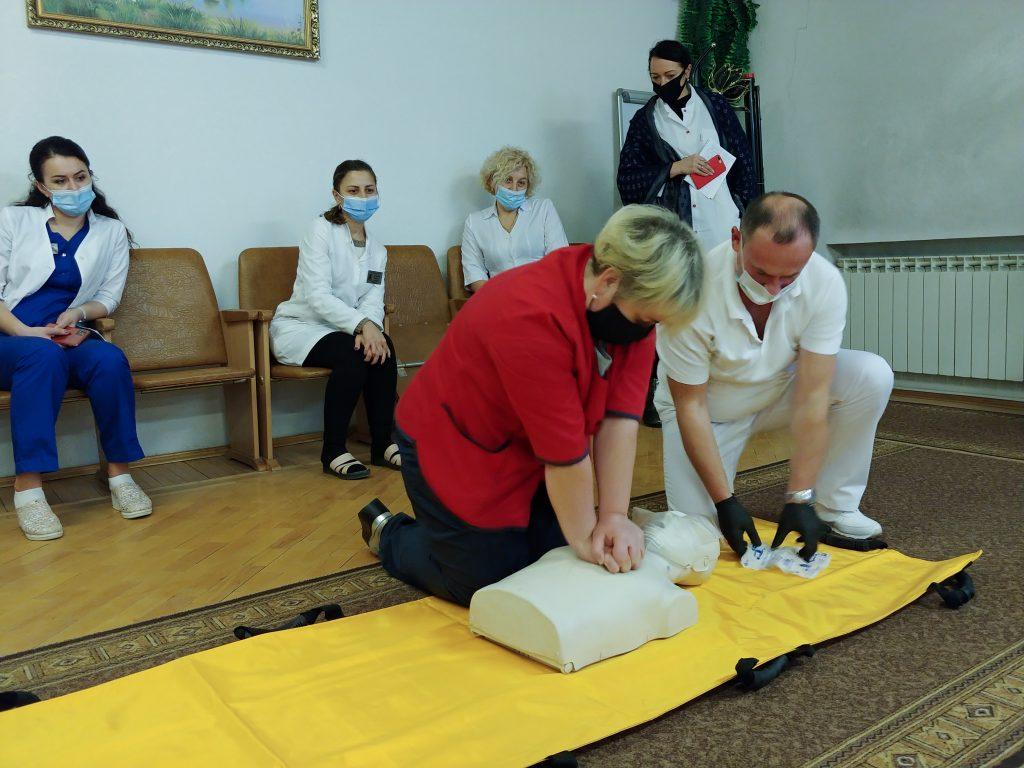 Тренінг з невідкладної допомоги «Серцево-легенева реанімація за системою BLS» 2