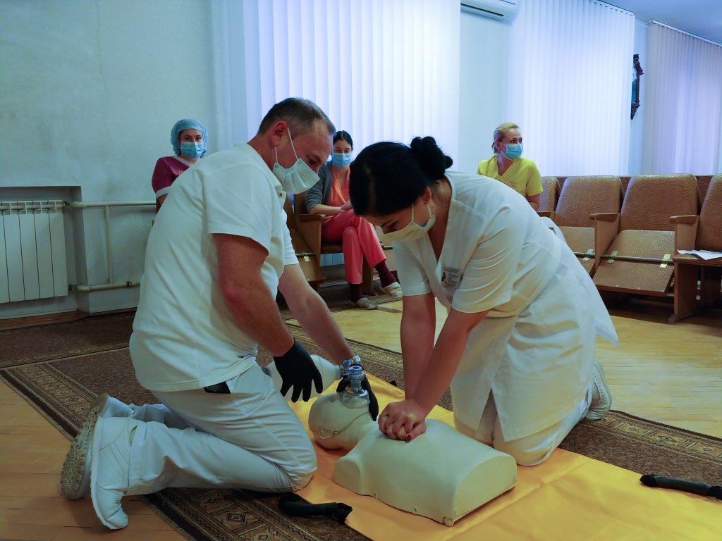 Тренінг з невідкладної допомоги «Серцево-легенева реанімація за системою BLS» 10