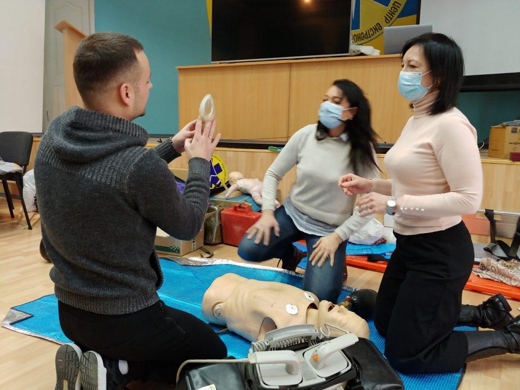 12-ти годинний курс з надання невідкладної медичної допомоги. 12
