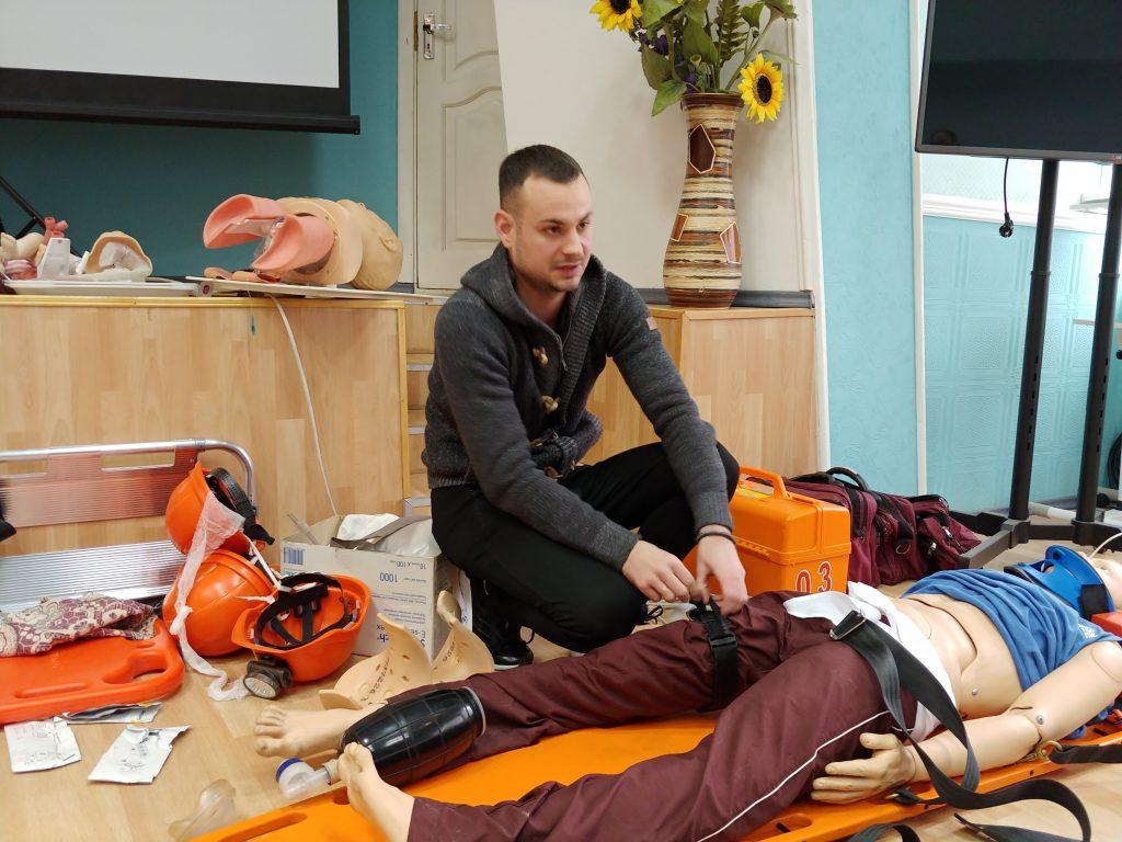 12-ти годинний курс з надання невідкладної медичної допомоги. 7